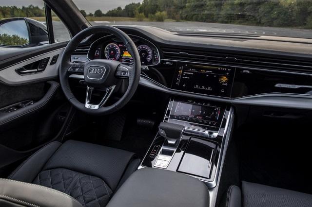 2021 Audi Q7 cabin