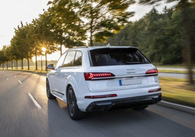 2021 Audi Q7 rear