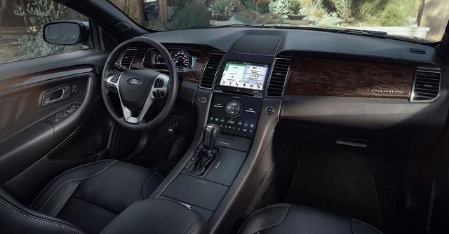 2021 Ford Taurus cabin