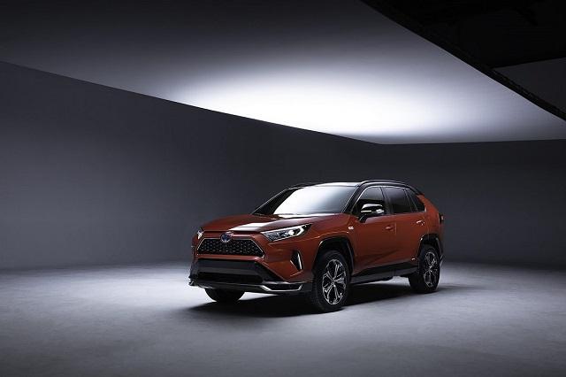 2021 Toyota RAV4 Hybrid front