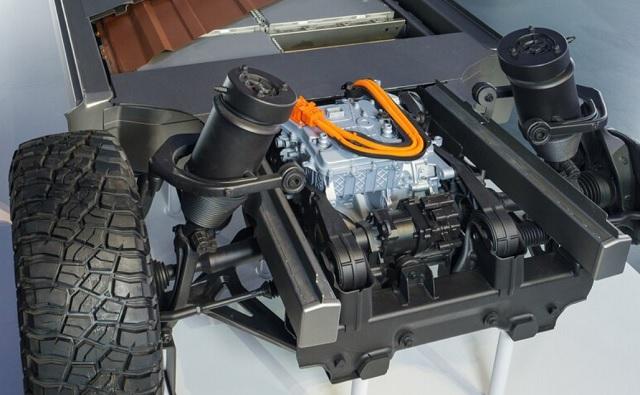 2022 GMC Hummer EV system
