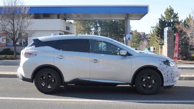 2021 Nissan Murano side