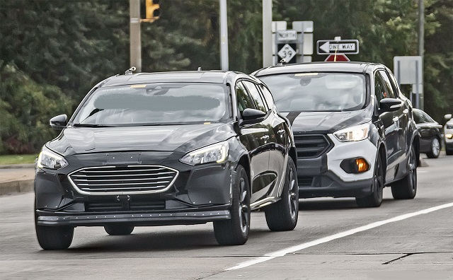 2022 Ford Fusion Active Wagon front
