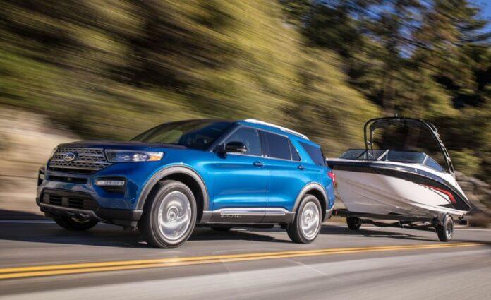 2021 Ford Explorer front