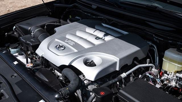 2021 Toyota Land Cruiser engine