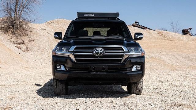 2021 Toyota Land Cruiser front
