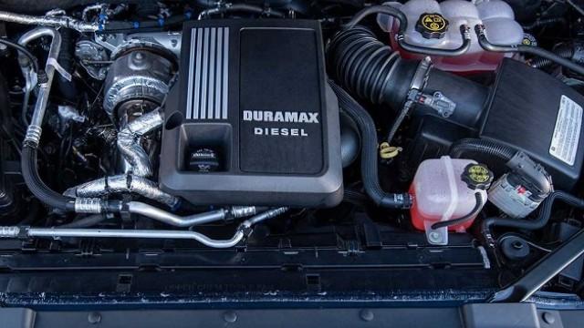 2022 Chevrolet Silverado engine
