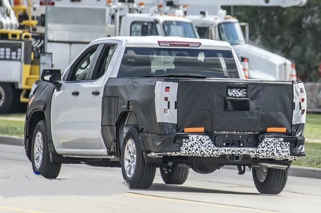 2022 Chevrolet Silverado rear