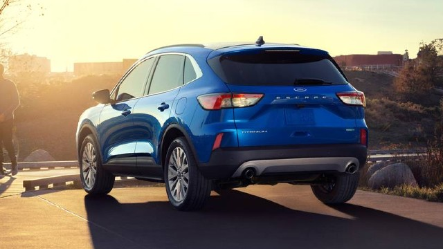 2021 Ford Escape rear