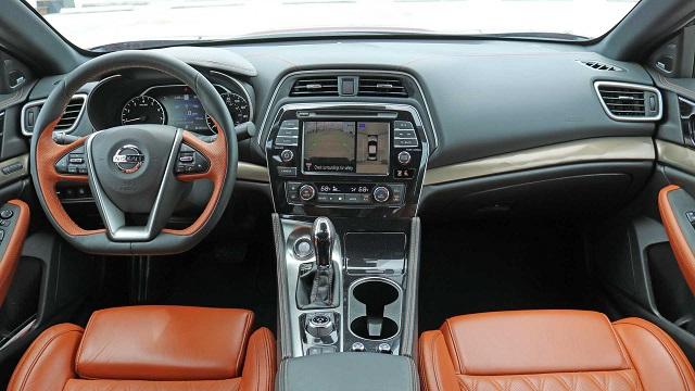 2022 Nissan Maxima cabin