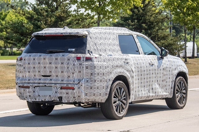 2022 Nissan Pathfinder rear