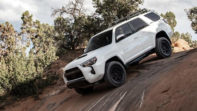 2022 Toyota 4Runner side