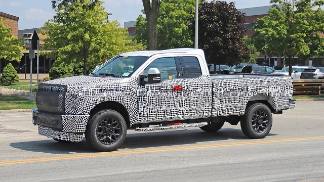 2022 Ford F-250 side