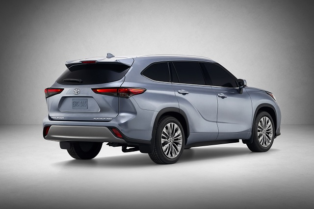 2022 Toyota Highlander rear