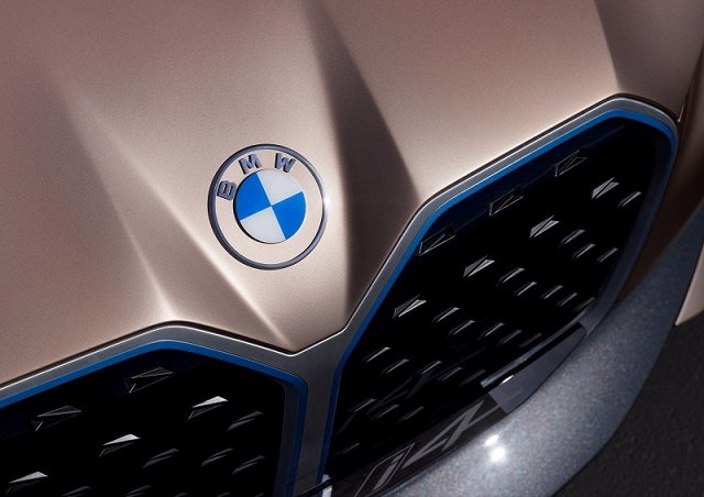 2022 BMW X5 grille
