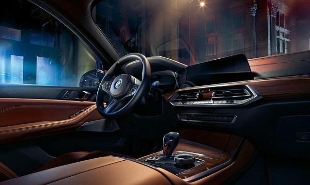 2022-BMW-X5-interior