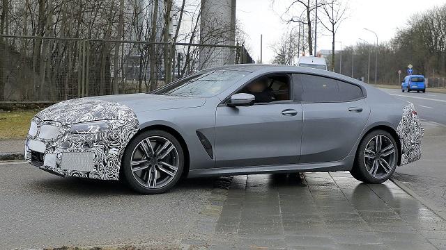 2022 BMW 8-Series side