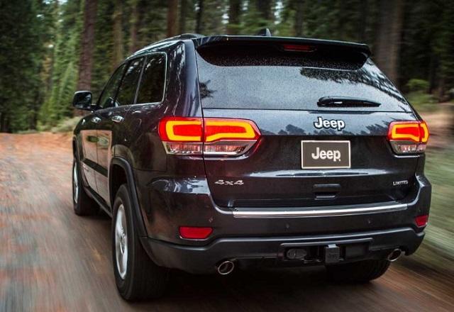 2022 Jeep Cherokee rear