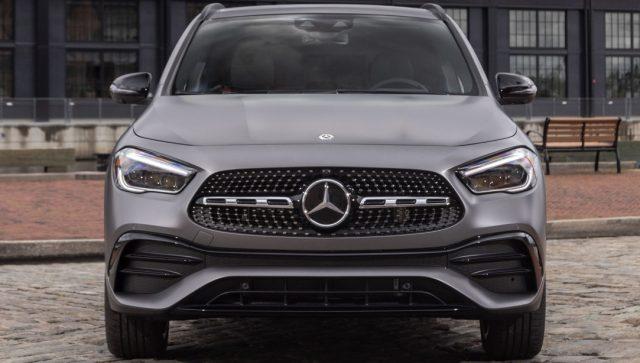 2022 Mercedes-Benz GLA front