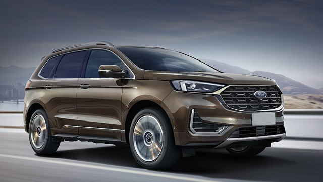 2022 Ford Edge side