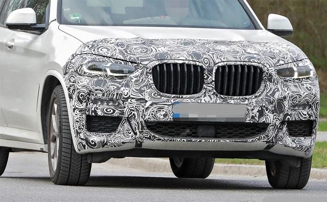 2023 BMW X3 front