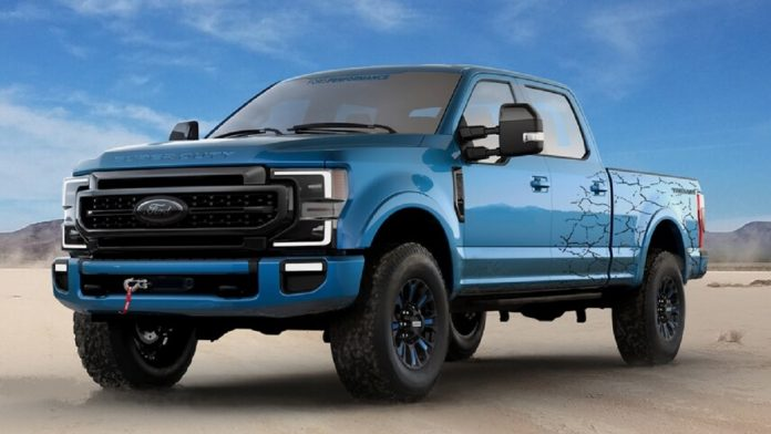 2023 Ford Super Duty front