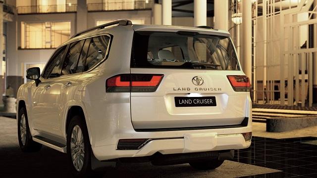 2023 Toyota Land Cruiser rear